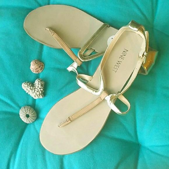 f400f3b67e26 Sexy Nine West Thong Sandals 